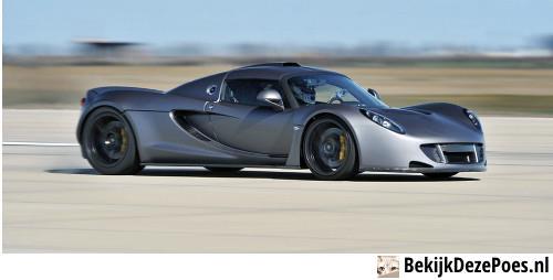 2. Hennessey Venom GT - 427 km/h