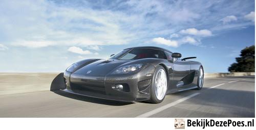 5. Koenigsegg CCXR - 402 km/h