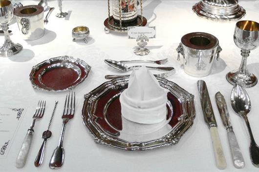 Top 10 Der Ungewöhnlichsten Tischsitten Der Welt